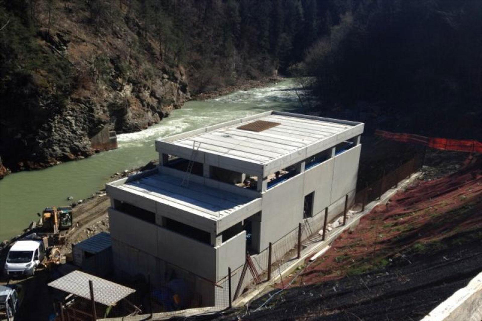Edificio centrale idroelettrica rio pusteria (BZ)