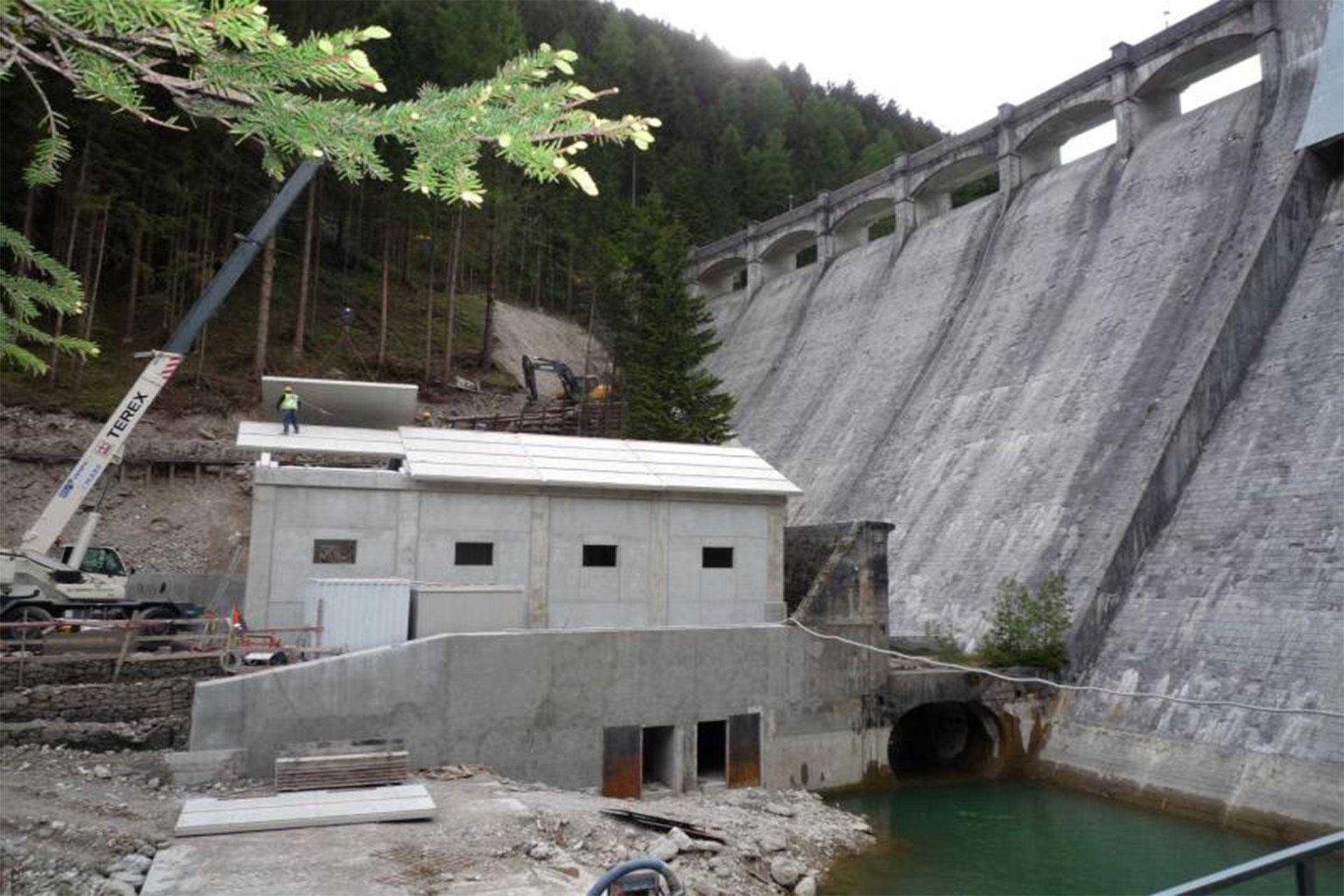 Edificio prefabbricato per nuova centrale idroelettrica